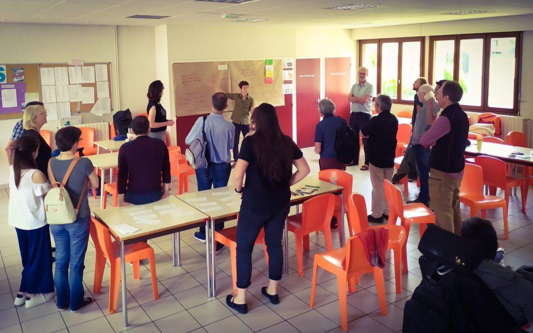 L'équipe de Semawe facilite un apéro'politains à Saint Egrève